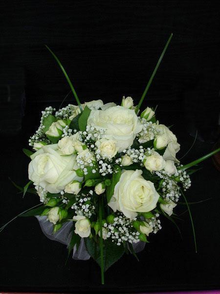 BUCHETE DE MIREASA Dream-weddings-decoratiuni-flori_-buchete-mireasa-017