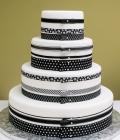 culori-nunta-alb-negru-rosu-auriu-galben-decoratiuni-flori-buchete-18