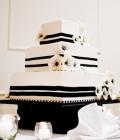 culori-nunta-alb-negru-rosu-auriu-galben-decoratiuni-flori-buchete-22