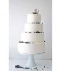 culori-nunta-alb-negru-rosu-auriu-galben-decoratiuni-flori-buchete-39