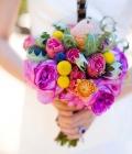 culori-neon-aranjamente-florale-nunta-buchete-de-mireasa-16