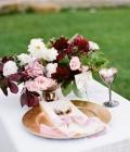Culori pentru nunti de toamna: rosu inchis