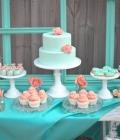 Combinatii de culori pentru nunta: turcoaz si corai