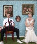 Fotografii de nunta in cabina foto sau tip studio (in aer liber)