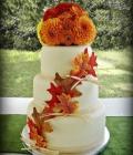 torturi-de-nunta-decorate-cu-flori-de-toamna-1