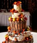 tort-de-nunta-decorat-cu-fructe-de-toamna-12