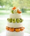 tort-de-nunta-decorat-cu-fructe-de-toamna-2