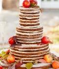 Torturi de nunta decorate cu fructe sau legume de toamna
