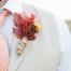 Zeci de idei de cocarde cu flori si diverse accesorii de sezon