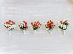 Sute de imagini cu cocarde de nunta, naturale...