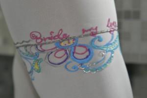 Dresuri mirese pictate manual - Something blue