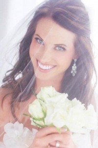 Noutati nunti: Tot ce trebuie sa stiti pentru zambetul perfect din ziua nuntii si cum sa-l obtineti cu ajutorul implanturilor, coroanelor, fatetelor, protezelor si aparatelor dentare