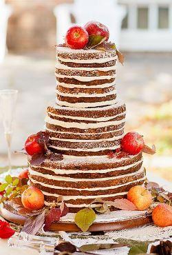 Noutati nunti: Decoratiuni de sezon pentru torturile de nunta