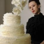 torturi de nunta, tortul de nunta, maggie austin, torturi de nunta pictate, torturi de nunta cu flori, torturi de nunta in stil minimalist